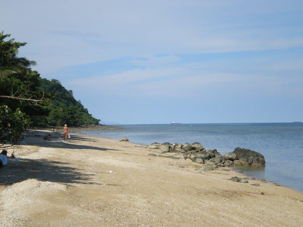 Pantai Bongol