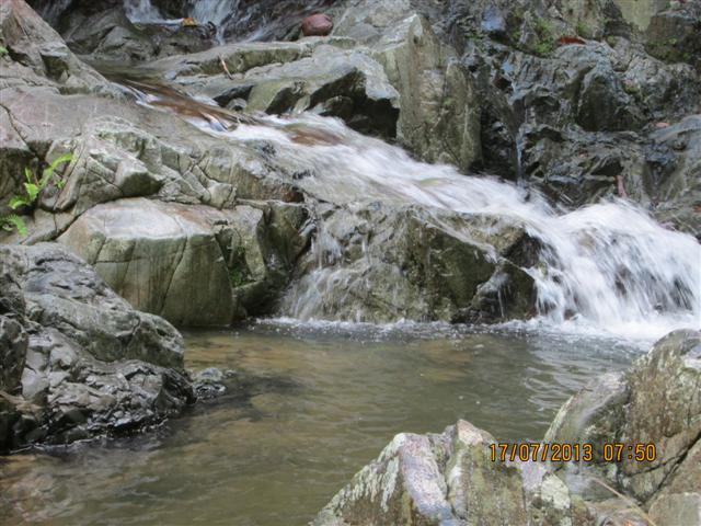Air Terjun Ginaras